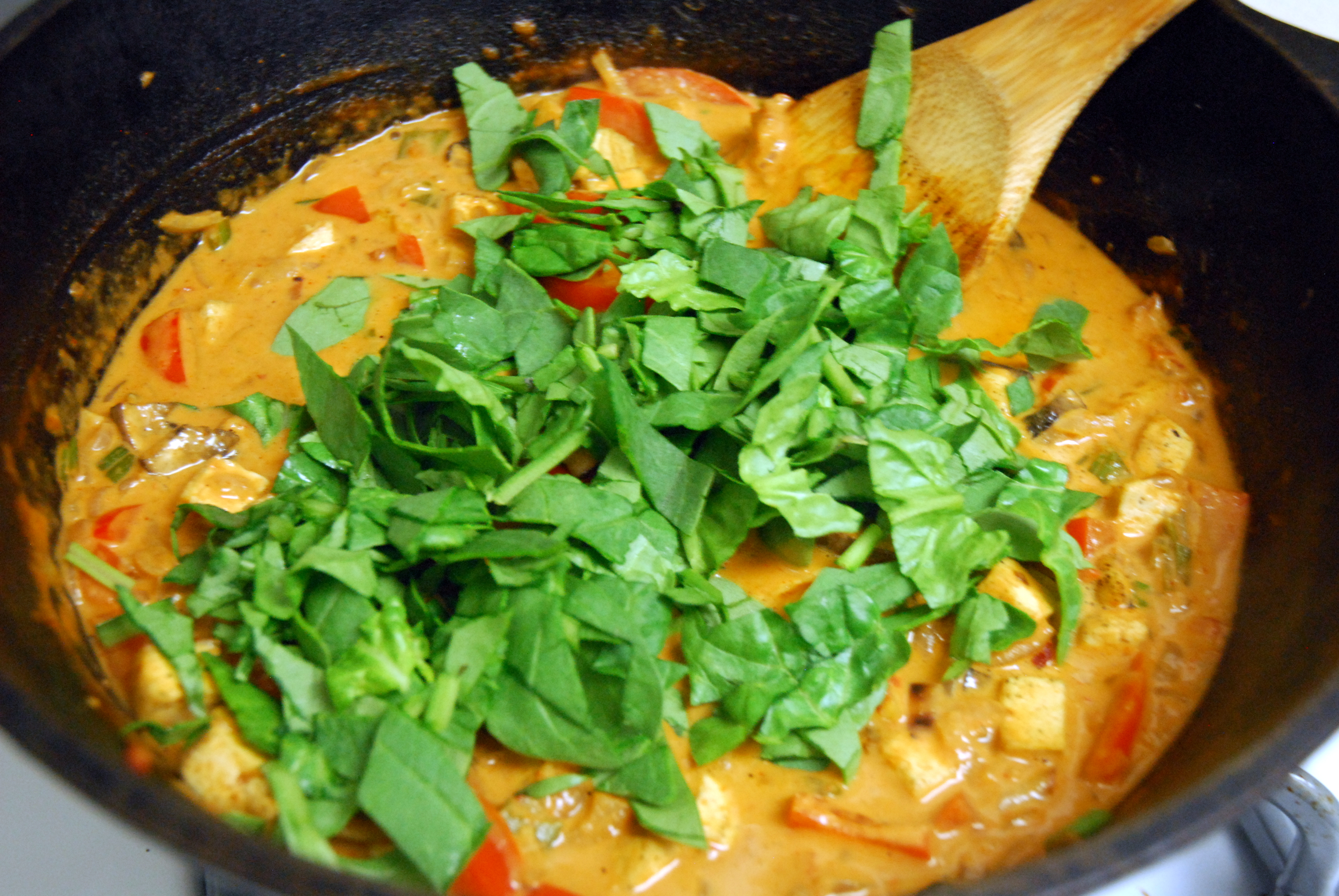 Red Curry Tofu With Spinach And Mushrooms Recipes — Dishmaps
